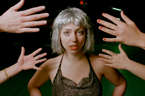 Angel Olsen - Shut Up Kiss Me