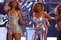 Beyoncé e Tina Turner - Grammy Awards