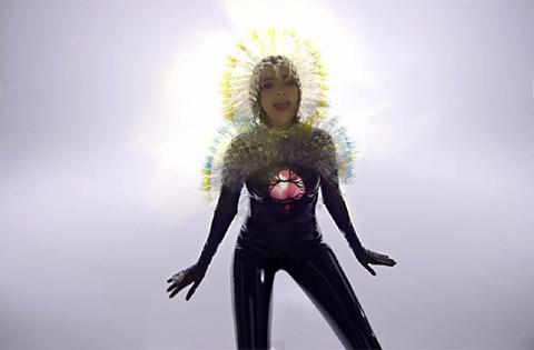 Björk - Lionsong